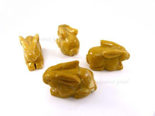 動物雕刻-兔子-黃石