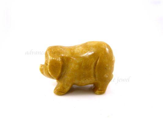 動物雕刻-豬-黃石